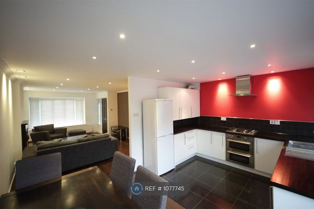 3 bed detached house to rent in Abbey Rd, Leeds LS5