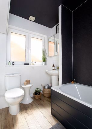 Bathroom of Stocks Street, Kirkcaldy KY2