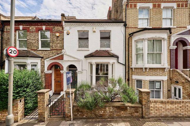 Thumbnail Property for sale in Taybridge Road, London