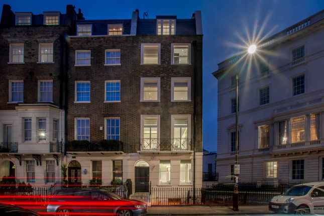 Thumbnail End terrace house for sale in Chapel Street, Belgravia