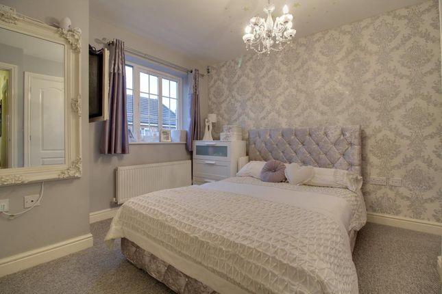 Bedroom of Woodland Walk, Aldershot, Hampshire GU12