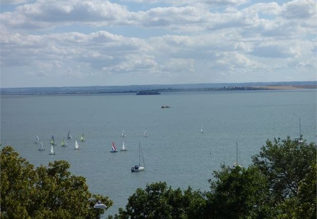 Thumbnail Flat for sale in St James Court, 41 Grand Parade, Leigh-On-Sea, Essex.