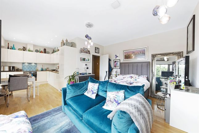Studio for sale in Staines Road West, Sunbury-On-Thames TW16