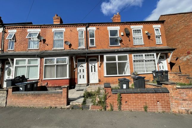 2 bed terraced house to rent in Grove Road, Sparkhill, Birmingham B11