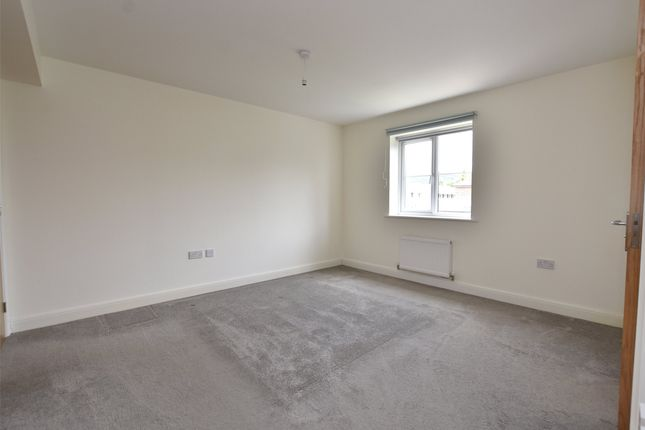 Picture No. 07 of New Dawn Close, Bishops Cleeve, Cheltenham GL52