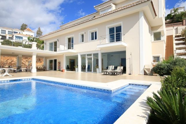 Villa for sale in Los Altos Del Los Monteros, Costa Del Sol, Spain
