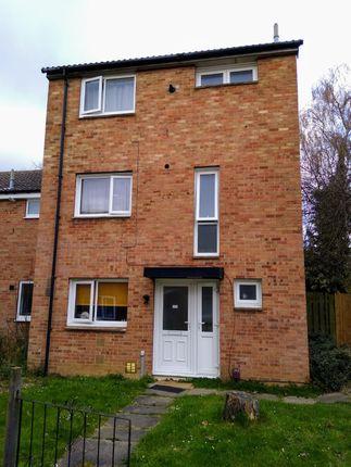 Room to rent in Greatmeadow, Northampton NN3