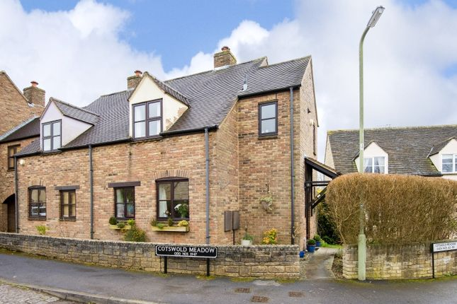 Thumbnail Semi-detached house to rent in Cotswold Meadow, Curbridge, Witney
