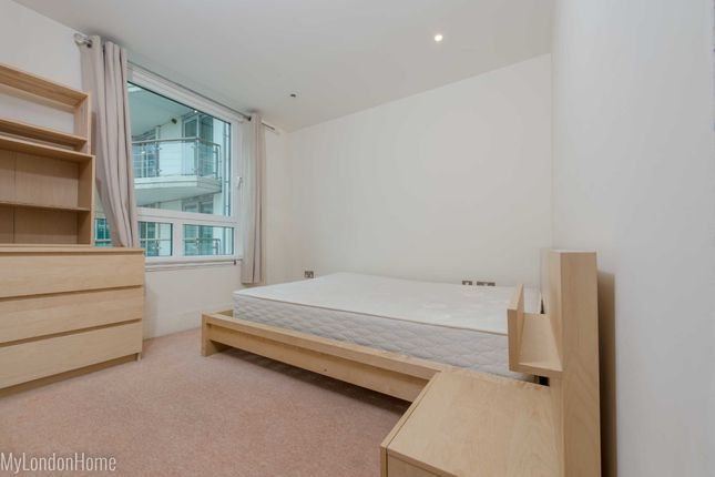 Picture 6 of Flagstaff House, St George Wharf, Vauxhall, London SW8