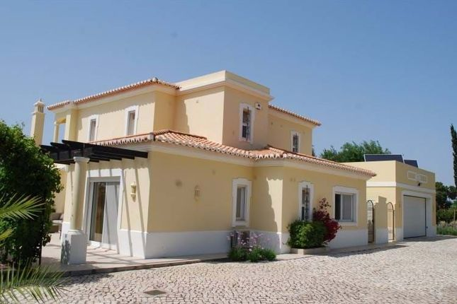 Thumbnail Villa for sale in Gramacho Golf Resort, Lagoa E Carvoeiro, Lagoa, Central Algarve, Portugal