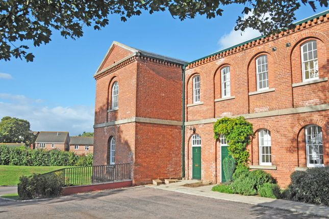 Thumbnail Flat to rent in Lawrence Walk, Devington Park, Exminster.