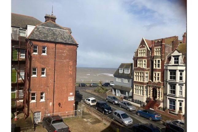 1 bed flat for sale in Cabbell Road, Cromer NR27