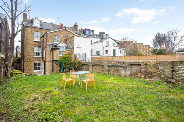 Thumbnail Flat to rent in Amyand Park Road, Twickenham