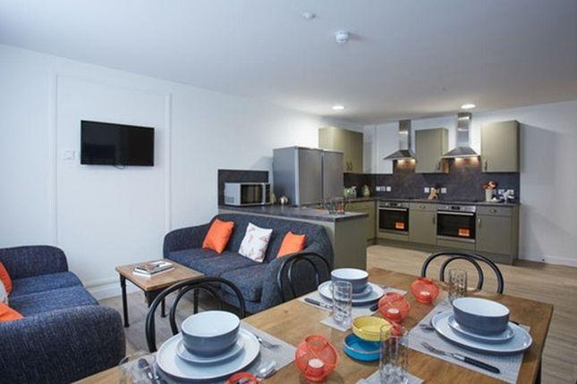 Thumbnail Flat to rent in 5 Blackhorse Lane, Walthamstow, London