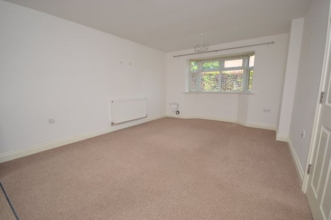 Lounge of Greenaway House, Greenaway Court, Cherry Willingham, Lincoln LN3