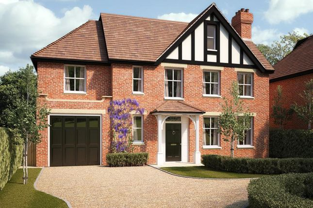 Thumbnail Detached house for sale in New Wokingham Road, Crowthorne