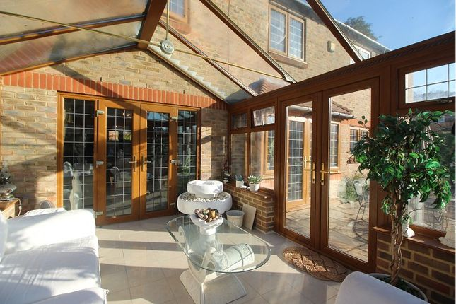 Thumbnail Detached house to rent in Garden Close, Maidenhead