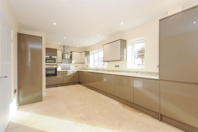 Thumbnail Detached house for sale in Rosecroft Way, Thetford