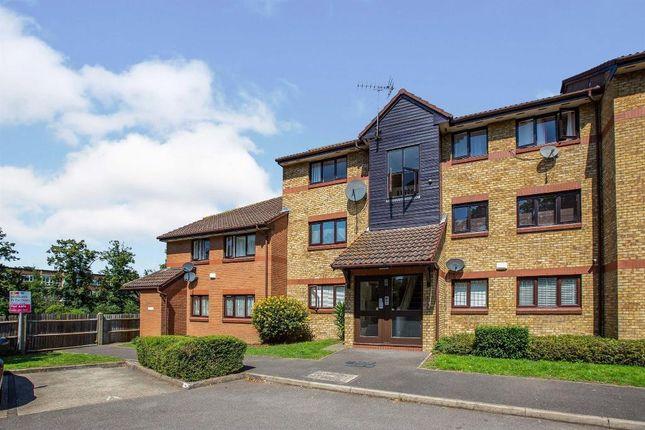 Thumbnail Flat to rent in Waterside Close, Barking, Essex, London