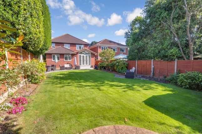 Thumbnail Detached house for sale in Eastern Road, Rayleigh