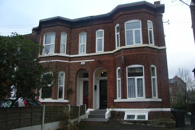 Thumbnail Studio to rent in Victoria Crescent, Eccles