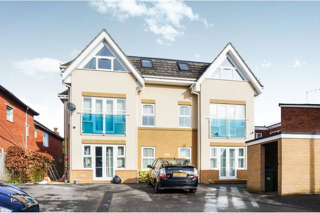 Thumbnail Flat for sale in 117-119 Millbrook Road East, Southampton
