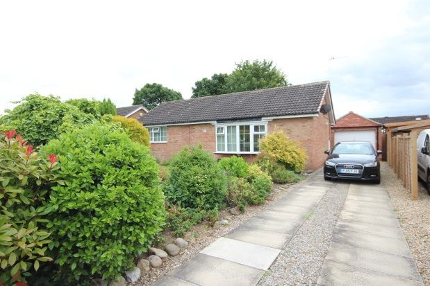 Thumbnail Bungalow to rent in Loriners Drive, Copmanthorpe, York