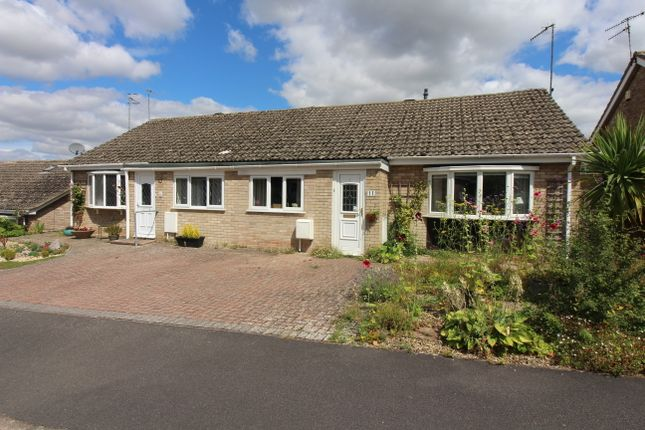 3 bed semi-detached bungalow for sale in Webb Crescent, Chipping Norton OX7