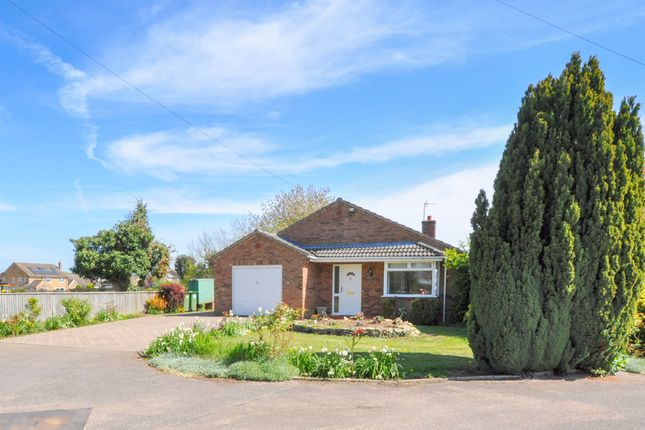Thumbnail Detached bungalow for sale in The Granary, Old Hurst, Huntingdon