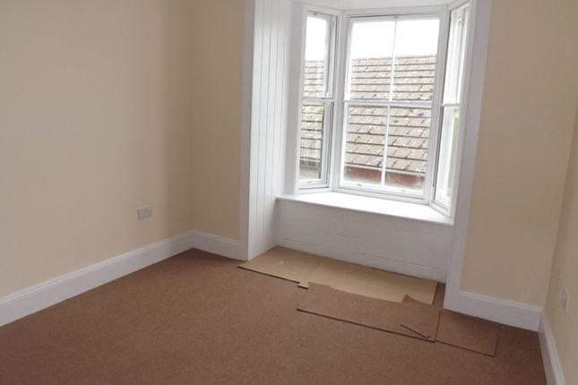 Thumbnail Flat to rent in Market Street, Holyhead