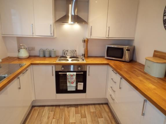 2 bed terraced house for sale in James Copse Road, Waterlooville