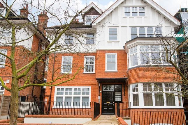 Thumbnail Flat to rent in Lyndhurst Lodge, Belsize Park, London
