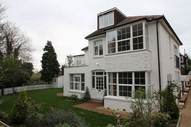 Thumbnail Detached house to rent in Upper Grosvenor Road, Tunbridge Wells