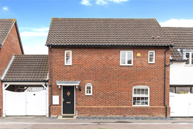 Thumbnail Property for sale in Barrow Chase, Chelmsford