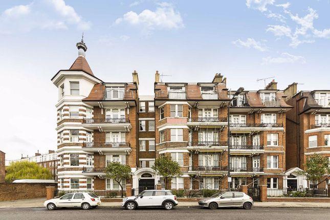 Flat for sale in Ashburnham Road, London