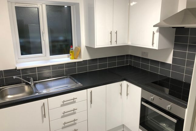 Thumbnail Terraced house to rent in 33A, Clifton Hill, Brighton