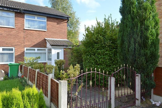 Thumbnail Town house for sale in Carnoustie Close, New Moston, Manchester