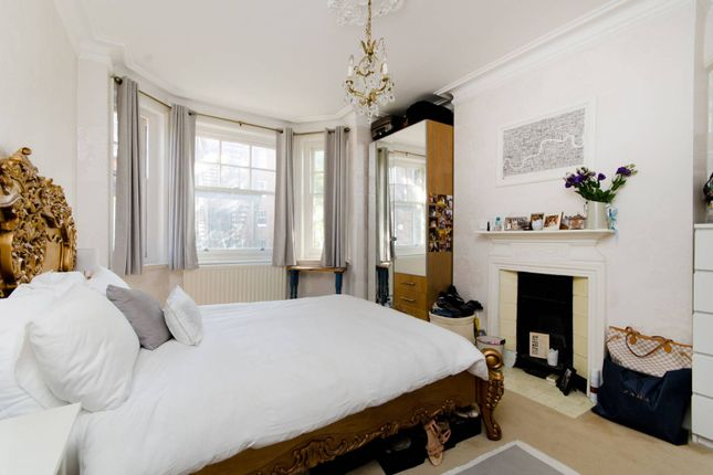 Thumbnail Flat for sale in Smyrna Road, West Hampstead