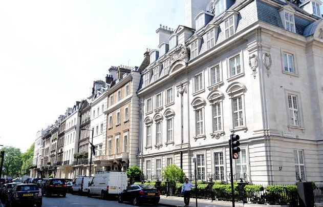 Thumbnail Terraced house to rent in Upper Grosvenor Street, Mayfair