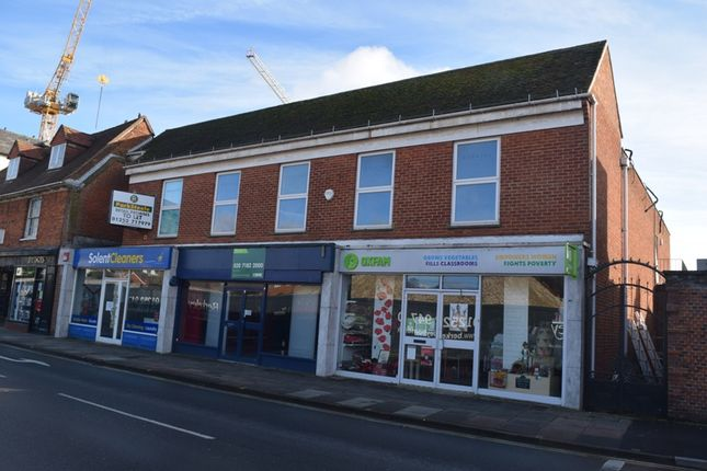 Thumbnail Leisure/hospitality to let in Cambridge Place, Farnham