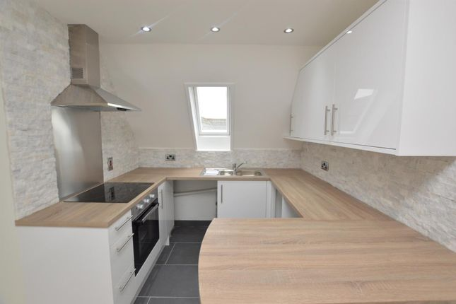 Thumbnail Flat for sale in Kendall Road, Colchester
