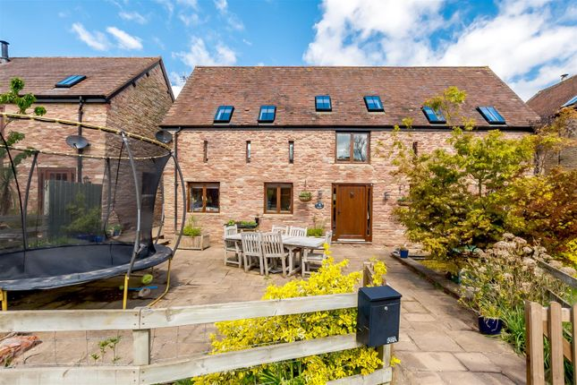 4 bed barn conversion for sale in Linton, Ross-On-Wye HR9