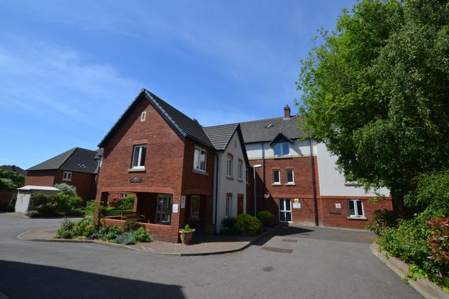 Thumbnail Flat for sale in Rowley Court, Oadby, Leicester