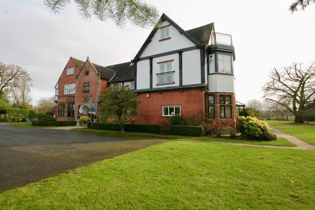 Thumbnail Flat to rent in Abberley Hall, Chelford Road, Alderley Edge