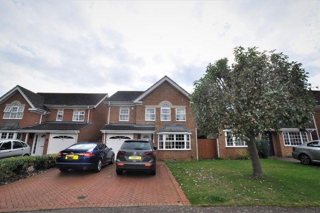 4 bed detached house to rent in Talbot Street, Hitchin SG5