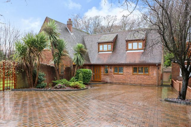 Thumbnail Property for sale in Foord Road, Hedge End, Southampton