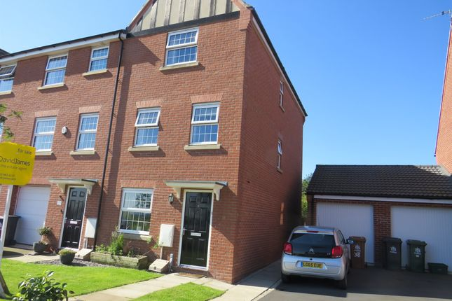 Thumbnail Town house for sale in Bradstone Drive, Mapperley, Nottingham