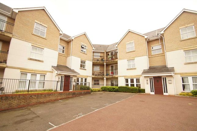 Thumbnail Flat for sale in Wallace Road, Mile End, Colchester