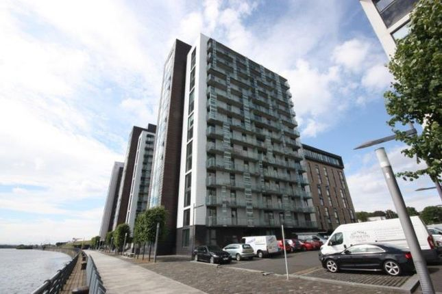 Thumbnail Flat to rent in Castlebank Place, Glasgow