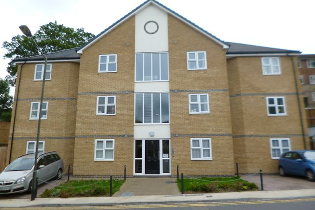 Thumbnail Flat to rent in Old Road, Chatham